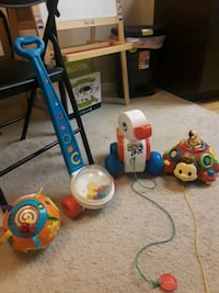 toddler's assorted toys Redmond, 98052