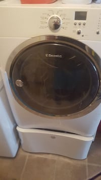 Electrolux frontload drier