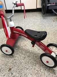 Like new Radio Flyer San Clemente, 92673