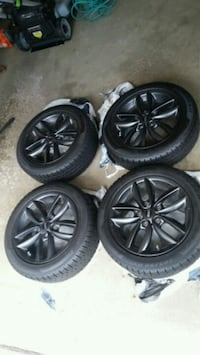 17 inch mini countryman rims with new snow tires Bloomingdale, 60108