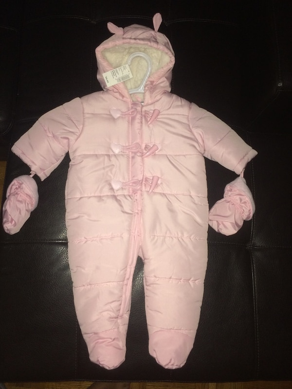 30a0f5cab0ab Used 3-6 month brand new with tags snow suit - childrens place for ...