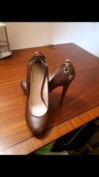 pair of brown leather platform stilettos Niagara Falls, L2G 7X7