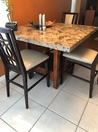 Granite table and chairs, excellent condition  Lutz, 33559