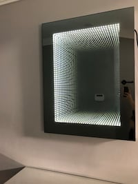 Table and mirror with LED  Mississauga, L5V 1Y7