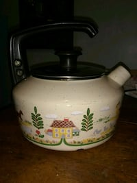 beige and blue whistle kettle Allegan, 49010