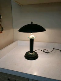 Table lamp. Touch on and off Virginia Beach, 23455