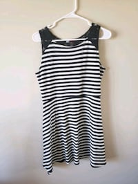 Black and white striped dress  Bellevue, 68123