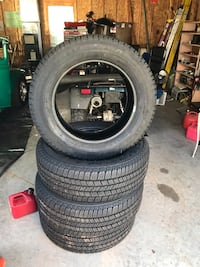 Goodyear wrangler LT265/60R20 tires with less than 1000 miles on them. They came off a Chevy 2500 price is cash and firm just reduced  Poolesville, 20837
