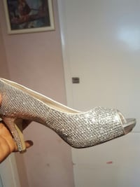 oparade silver glittered peep toe pumpar Huddinge, 141 49