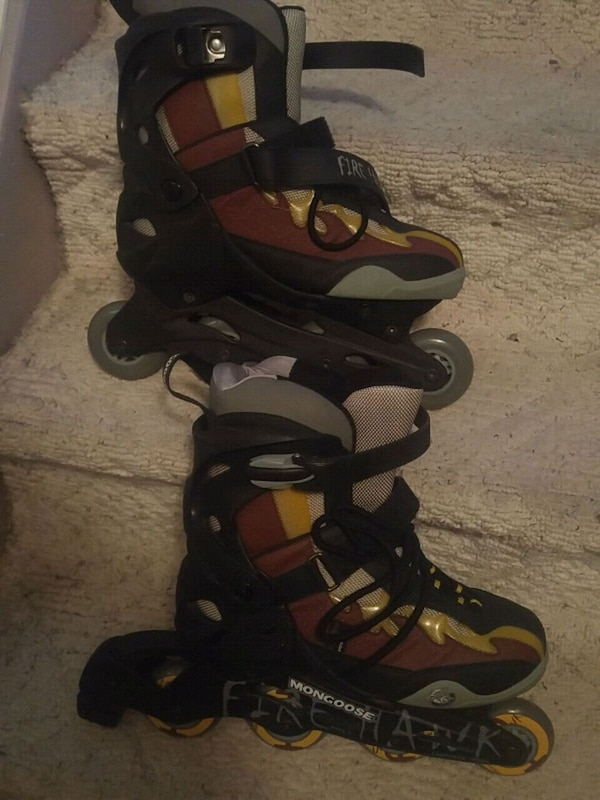 Size 10 pair of black-and-yellow inline skates