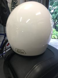white motorcycle helmet Mont-Royal, H3P 1V4