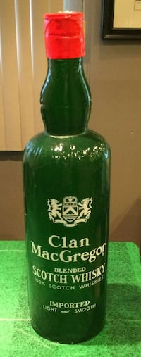 Clan MacGregor Scotch whisky inflatable bottle