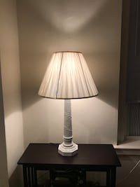 Great Condition Country Style Looking White Table Lamp - 31 inches Teaneck, 07666