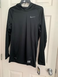 Brand new with tags Nike drift hoodie Vancouver, V5P 3N3