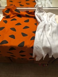 Wilma and Fred flintstone costume  Roseville, 95747