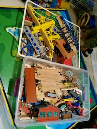 assorted color plastic toy lot Tampa, 33615