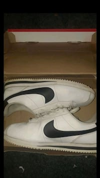 Black and white Cortez Basic size 6y Bakersfield, 93306
