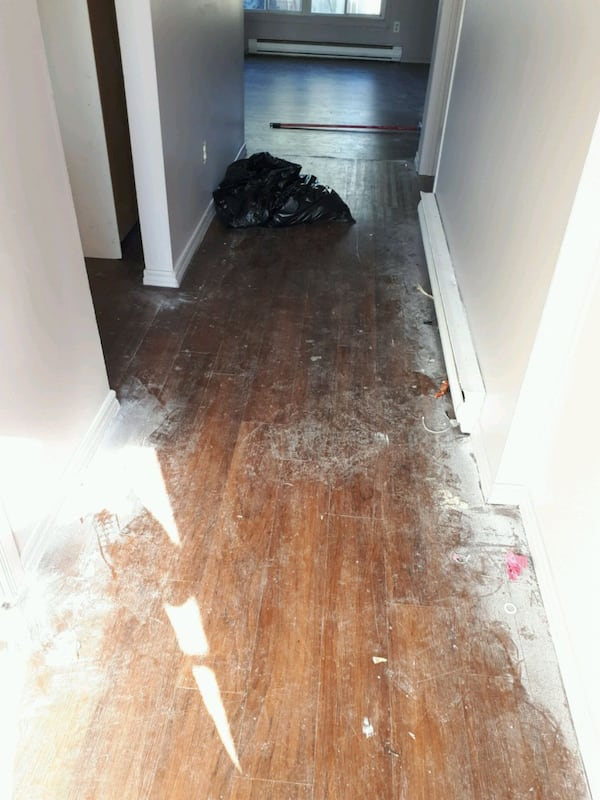 Residential cleaner 4c1e2046-84d6-4a79-b4e6-635a463bf145