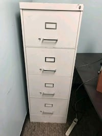 Free Legal size metal filing cabinet.  Orlando, 32837