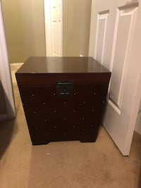 2 chestnut side tables with storage  Las Vegas, 89135