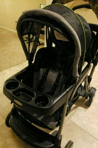 baby's black and gray stroller Humble, 77396