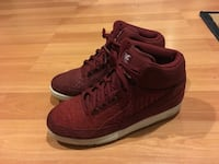Nike Air Python Red Sz 10.5 Bowie, 20720
