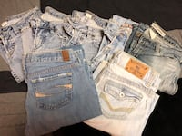Several pairs of name brand jeans! Virginia, 55792