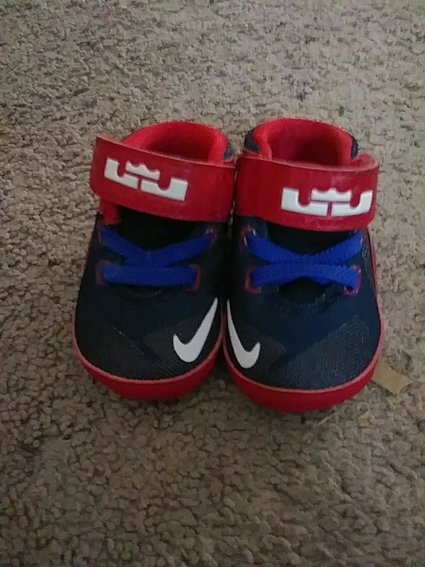 best service 37e13 39656 toddler's black-red-and-blue Nike Lebron velcro strap shoes