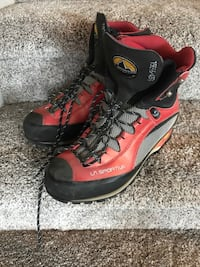 Mountaineering Boots - worn once Henderson, 89011