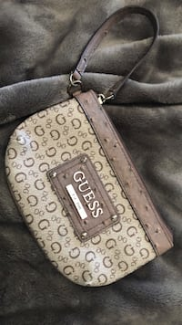 Guess wristlet  Burlington, L7L 1C8