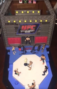 WWE & UFC Micro Fighter/Wrestling Set Milwaukee, WI 53214, USA