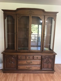 Wooden china cabinet Winchester, 22602