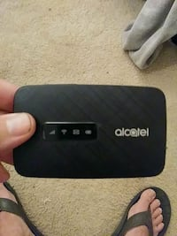 Alcatel hotspot witeless router 10gigs Gladstone, 97027