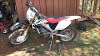 2006 crf250x asking 3500 obo come with a brand new front tire and 3 different plastics Wytheville, 24382