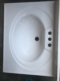 White ceramic sink  Santa Ana, 92703