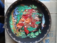 black, green, and red floral decorative plate Tempe, 85282