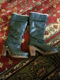 winter boots Halethorpe, 21227