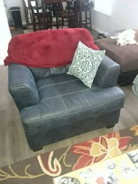 Leather couch and chair must go today 762 mi