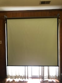"70"" Wide Projector Screen Kensington, 20895"
