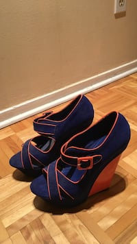 Blue and orange suede open toe wedges Montréal, H4G 2P7