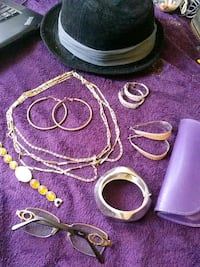 Fashion jewelry n hat Albuquerque, 87109