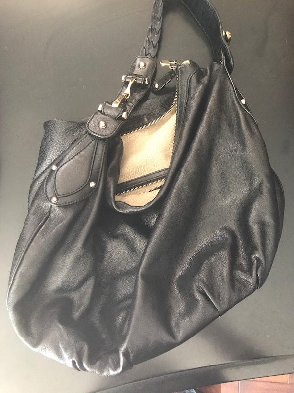 c10fbe33a1ca Used Gucci Black leather hobo bag