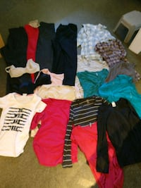 Maternity clothes  3477 km