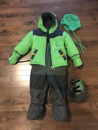 Snowsuit 24 months with hat and boots  Edmonton, T6T 0M7