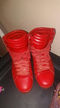red high top sneakers Washington, 20019