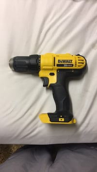 Dewalt compact drill. Brand new. Never used 541 km