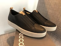Brand new Ecco men's leather slip on size 6-6.5 Ashburn, 20148