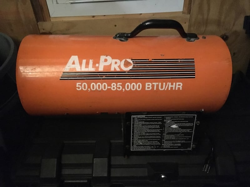 All pro heater 85,000 Dash 50,000 BTU W/propane tank also 26970743-9de7-4443-90de-4cb1c40b2cbc