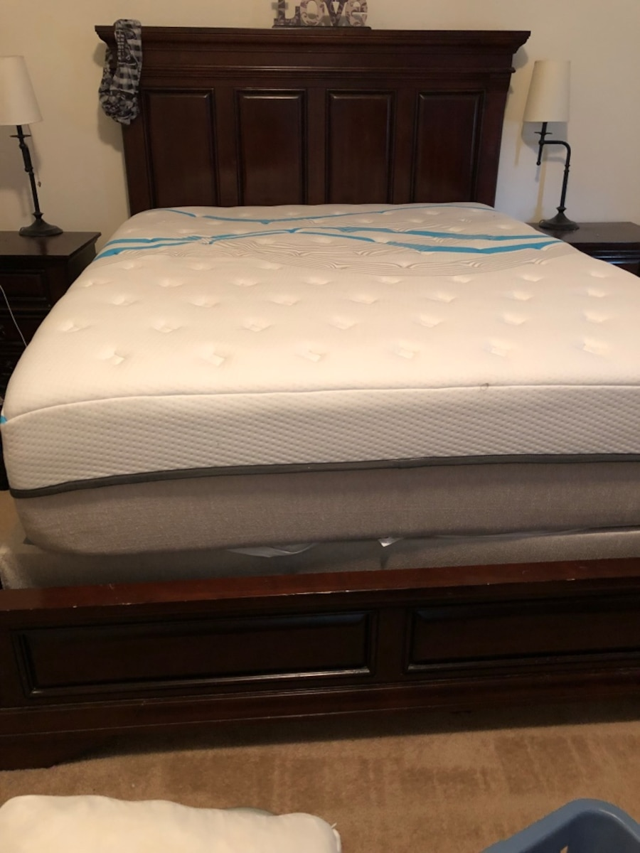 used queen bed set cherry wood mattress not included in oregon city
