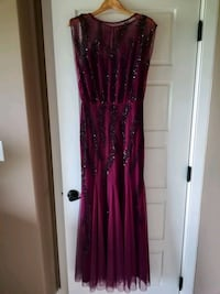 Beaded gown, was 500 US Edmonton, T6W 3G9